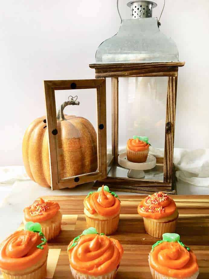 Halloween Pumpkin Cupcakes with a lantern