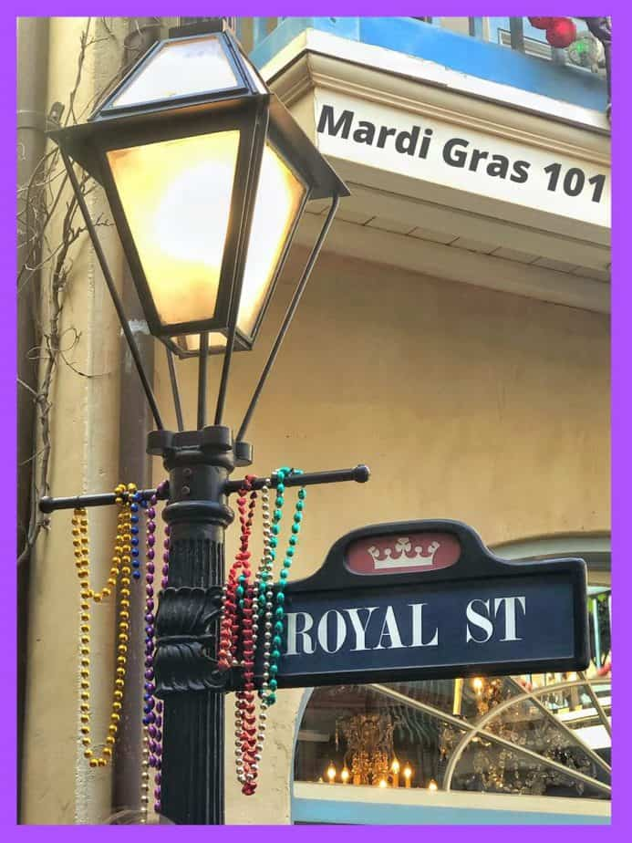 mardi gras lamp post title.