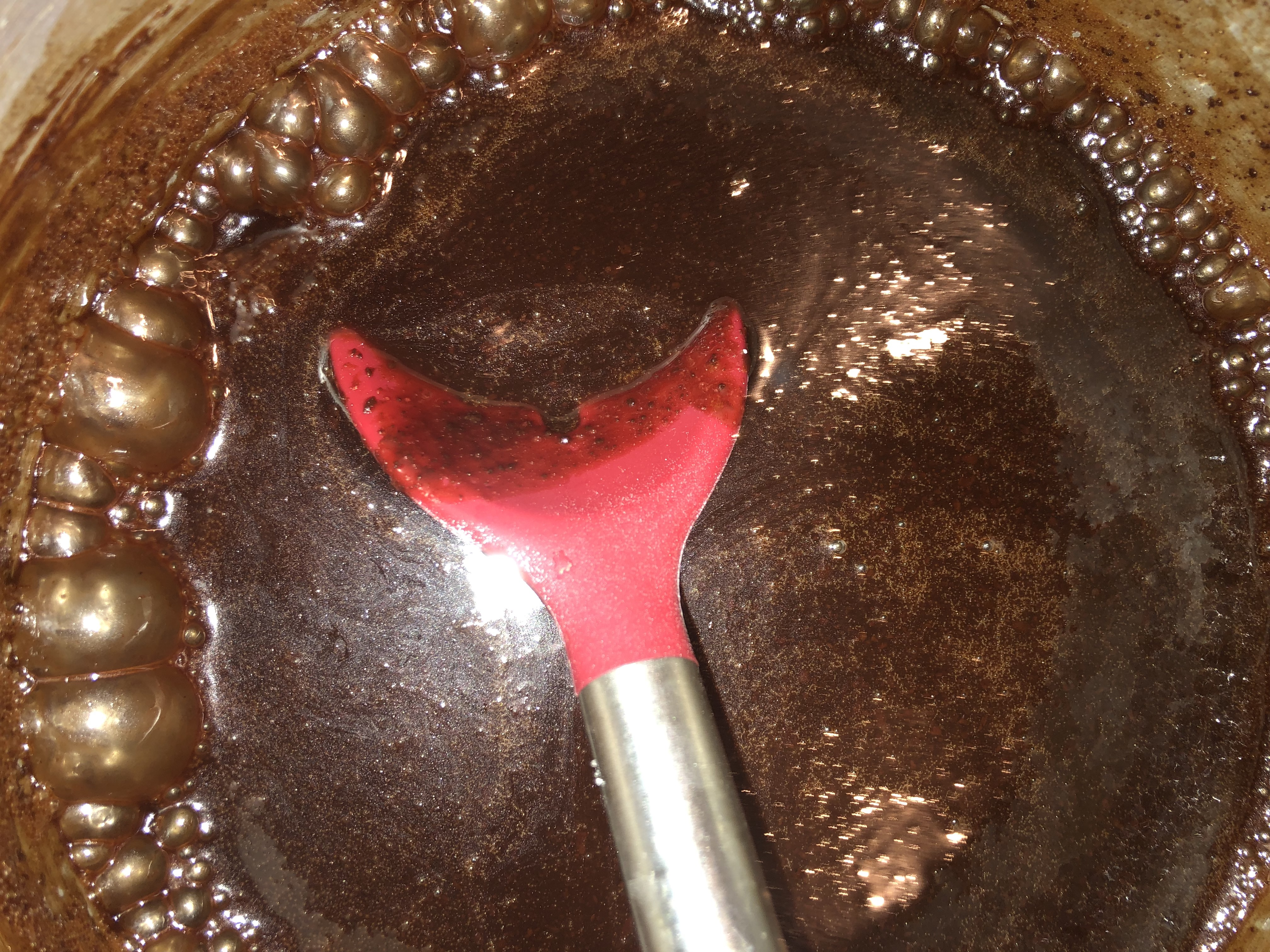 easy hot fudge sauce simmering