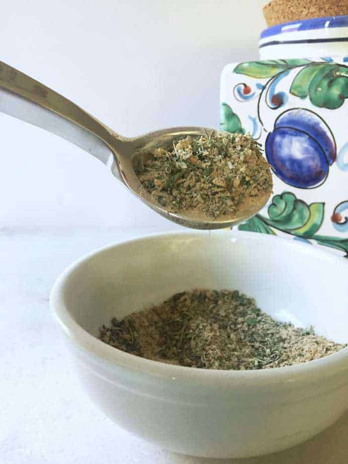 spoon full of greek seasoning blend