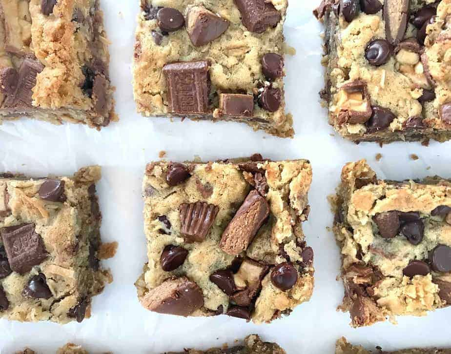 rows of cookie bars cut into squares