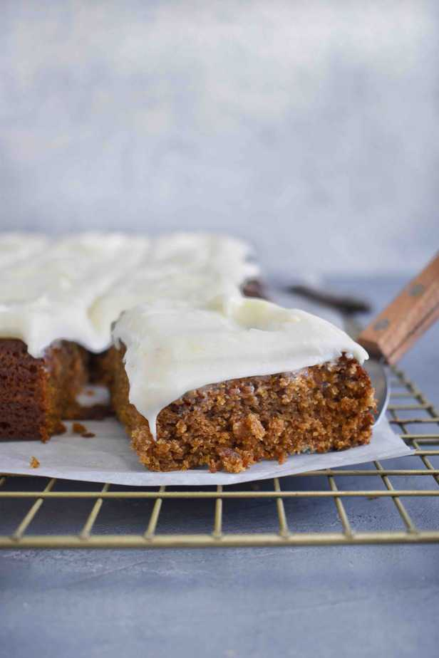 spatula pulling out a slice of gingerbread cake