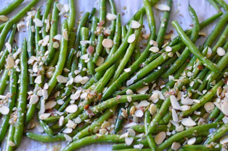 Lemon Garlic Roasted Green Beans with Almonds