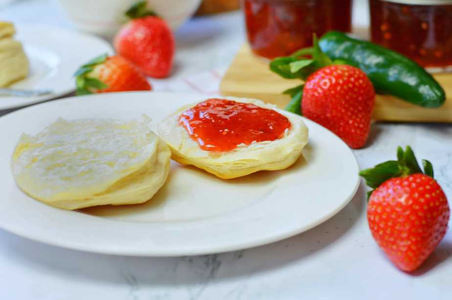 split biscuit with jalapeno strawberry jam